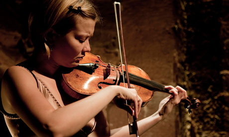 Alina Ibragimova (Photograph: Sebastian Matthes)