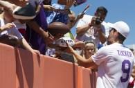Baltimore Ravens kicker, Justin Tucker, seen showing appreciation to fans at Lardarius Webb Charity Softball Game. Photo by JERMAIN RANGASAMMY