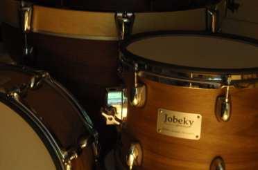 Batterie électronique Jobeky : Une apparence acoustique
