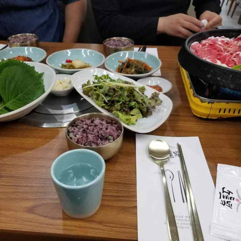Bulgogi, de la viande avec de la sauce soja.