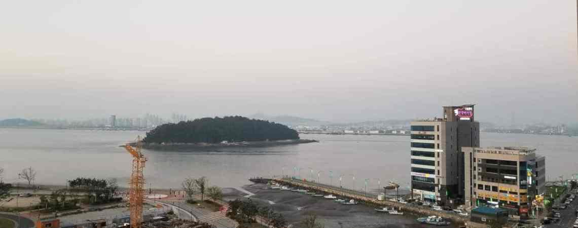 Le panorama depuis ma chambre lors de la quarantaine en Corée