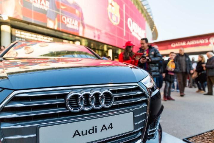 Fotografías al stand de Audi durante un partido Barça - R. Madrid