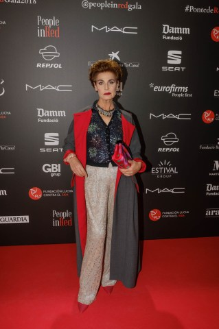 Antonia Dell'Atte al photocall de la gala People in Red de la Fundació Lluita contra la Sida (Barcelona, 2018)