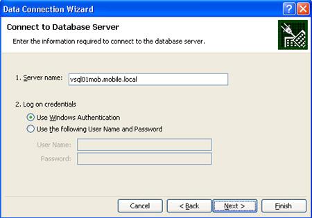 Especificar el nombre del servidor de Analysis Services en el diálogo Connect to Database Server del Data Connection Wizard