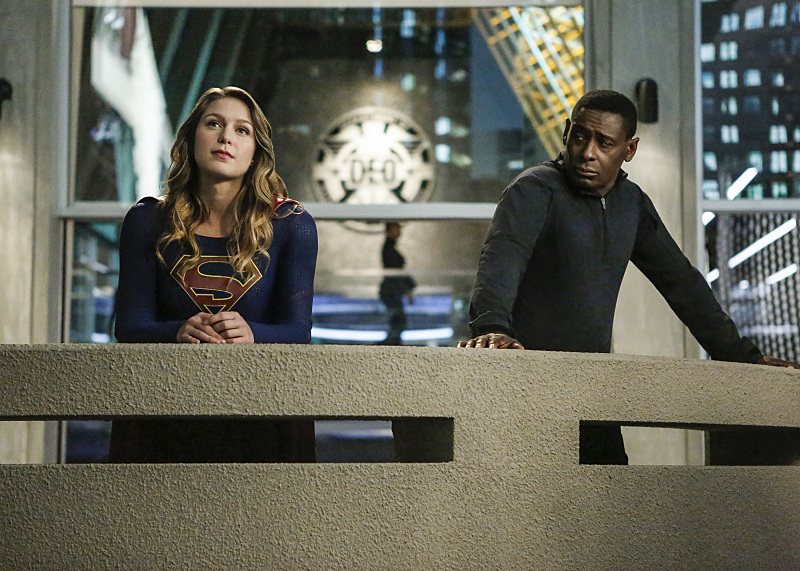 dc-crossover-supergirl-flash-3