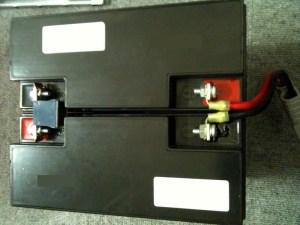 APC SmartUPS 1500 バッテリー