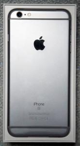 iPhone 6s Plus 開封直後・裏