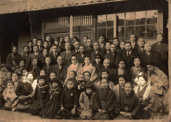 Group photo from earlier days. Here, Koume can be seen sitting in the very right of the second row, while Umeno is the third one from the left in front row