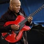 Lezione di chitarra jazz: <br>tecnica della plettrata alternata