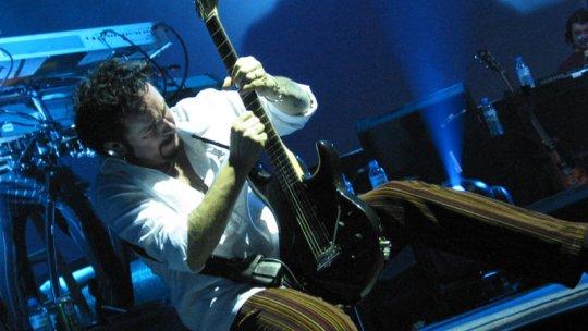 Lezione di chitarra rock: creare assoli con la pentatonica
