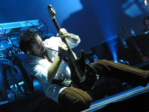 Foto: Steve Lukather in un assolo alla chitarra