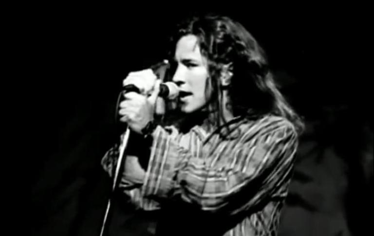 Foto: Screenshot del video Alive dei Pearl Jam