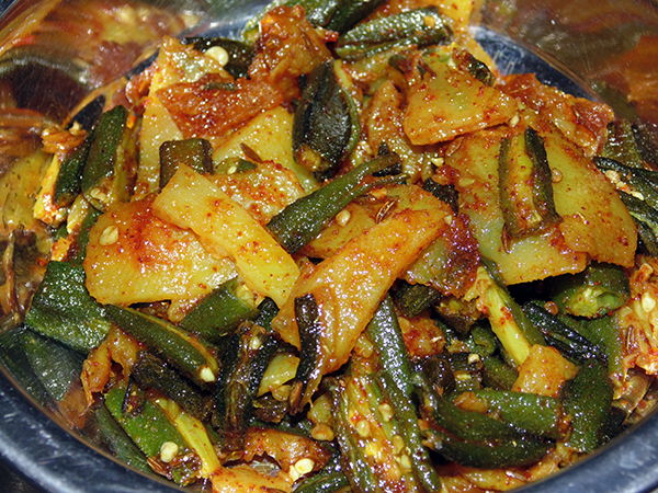 Bhinda Batata nu Shaak – Aloo Bhindi Subzi
