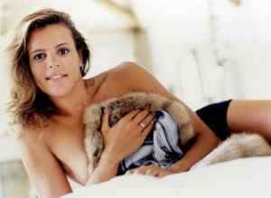 Laure Manaudou sexy