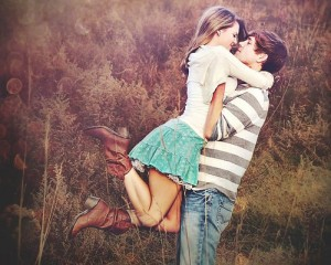 couple qui embrasse