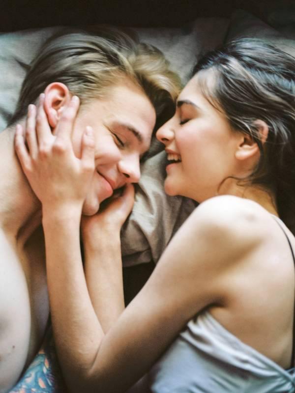 Couple qui partage le même lit