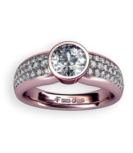 rosefärgat guld med diamanter