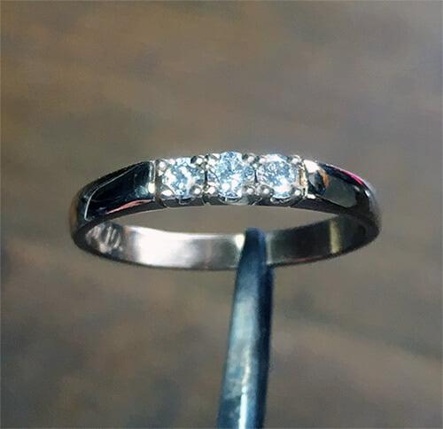 ny diamant i guldring