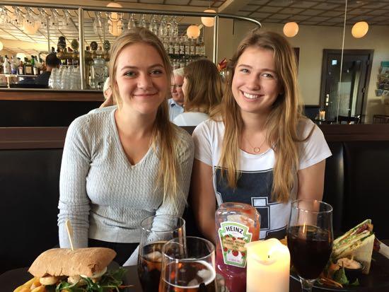 Karoline og Amalie