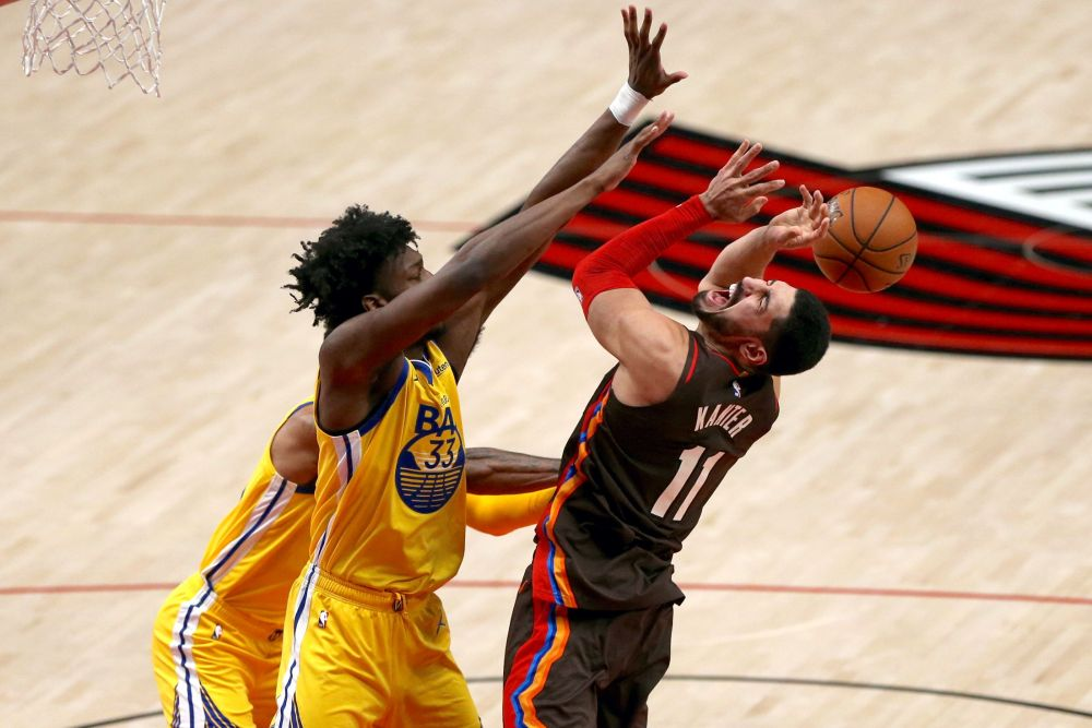 Damian Lillard struggles until it matters most, lifts Trail Blazers to  108-106 win over Golden State Warriors: Game rewind - oregonlive.com