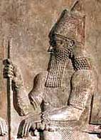 Известковый барельеф Саргона II во дворце в Хорсабаде