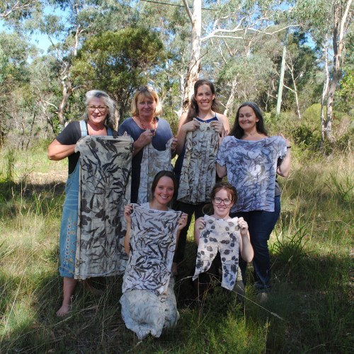 Learning how to eco-print on cotton: everyone's beautiful results at my workshop