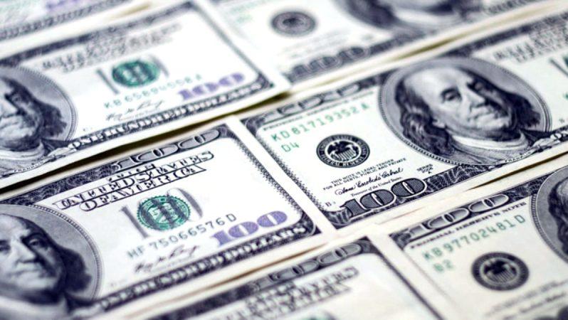 Güne Düşüşle Başlayan Dolar, 6,79'dan İşlem Görüyor