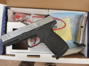 Used Smith & Wesson SD9VE 9mm w/ box and extra magazine $295