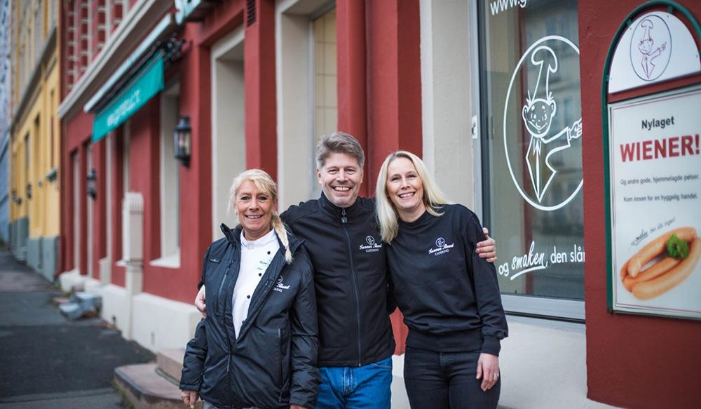 Om oss. Ann-Cathrin, Robert og Inger Ruud