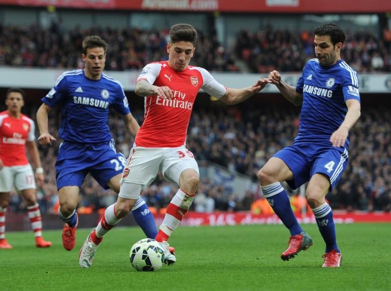 Hector Bellerin in action against Chelsea
