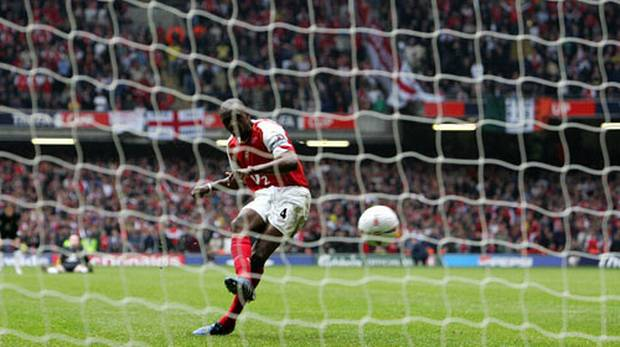 Viera converts the winning penalty