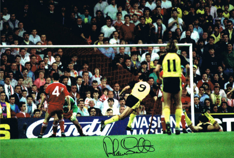 Smudger 1- Nil to the Arsenal