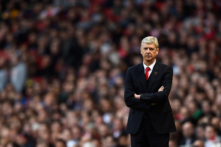 LONDON, ENGLAND - MAY 20: Arsene Wenger, manager of Arsenal looks on during the Barclays Premier League match between Arsenal and Sunderland at Emirates Stadium on May 20, 2015 in London, England. (Photo by Mike Hewitt/Getty Images)