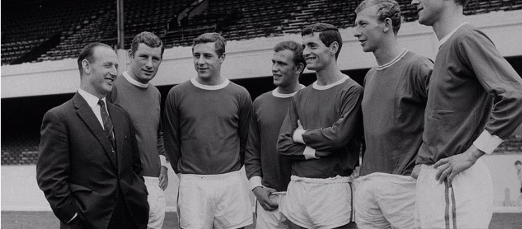 Bertie Mee talking to the players including Raddy and Don Howe, who was still a player