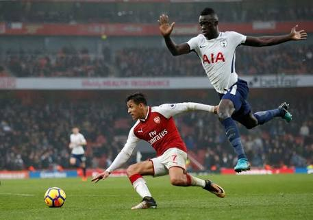 Sanchez keeps his feet