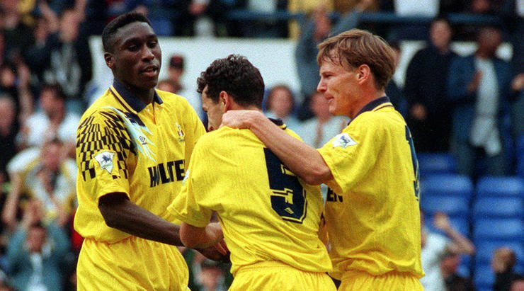 A young Sol Campbell playing for Tottenham