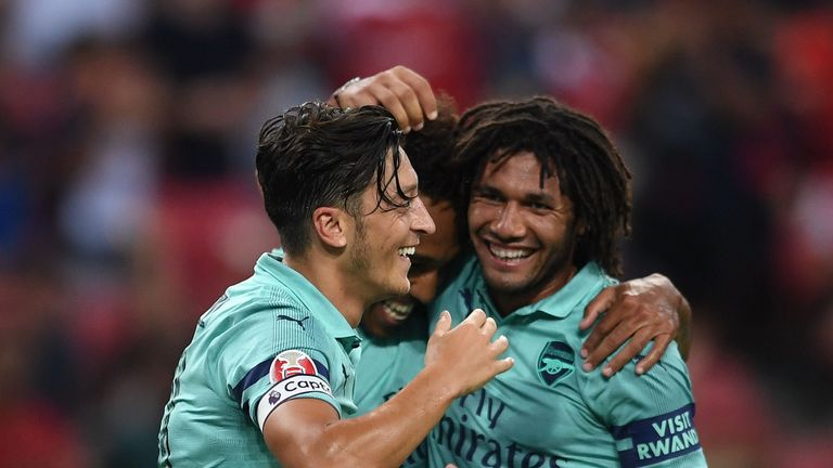 ozil-elneny-arsenal 4373978