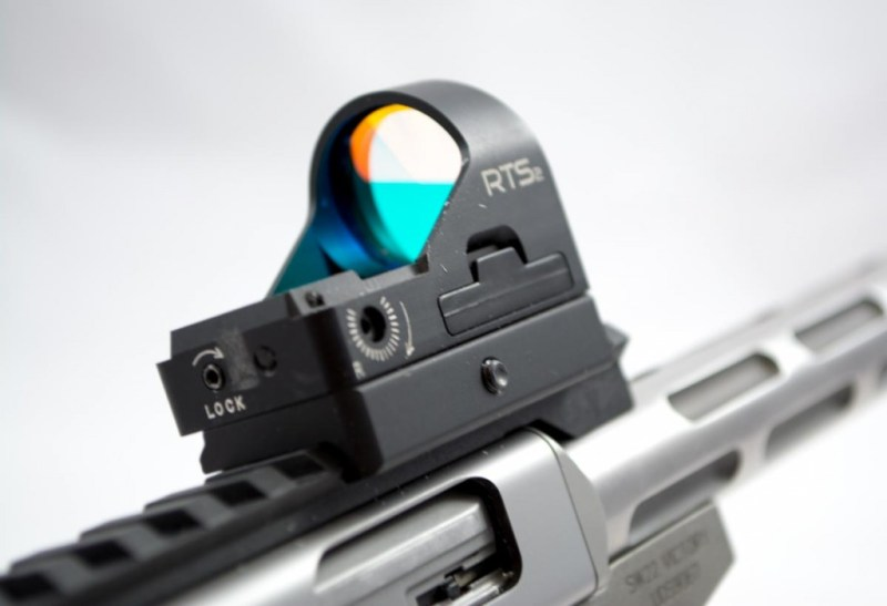 I used the C-More RTS2 red dot sight. It's a great fit for this pistol.