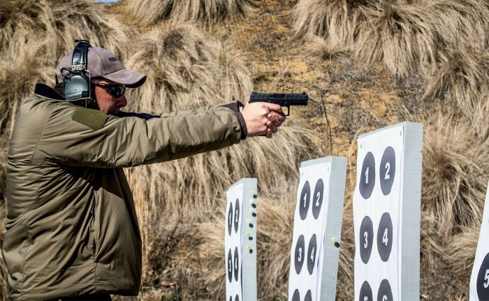 Drills are quick and precise when training calls for transitioning between close-range paper targets to engaging steel hostage targets. Intuitive shootability has been successfully engineered into the Beretta APX.