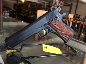 "American Tactical Imports FX45 .45 ACP 8-Round 5"" 1911 in Carbon Steel (Mahogany Grips) - ATIGFX45MIL"
