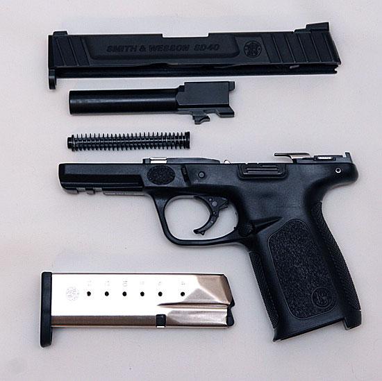 Smith & Wesson SD40 field strip
