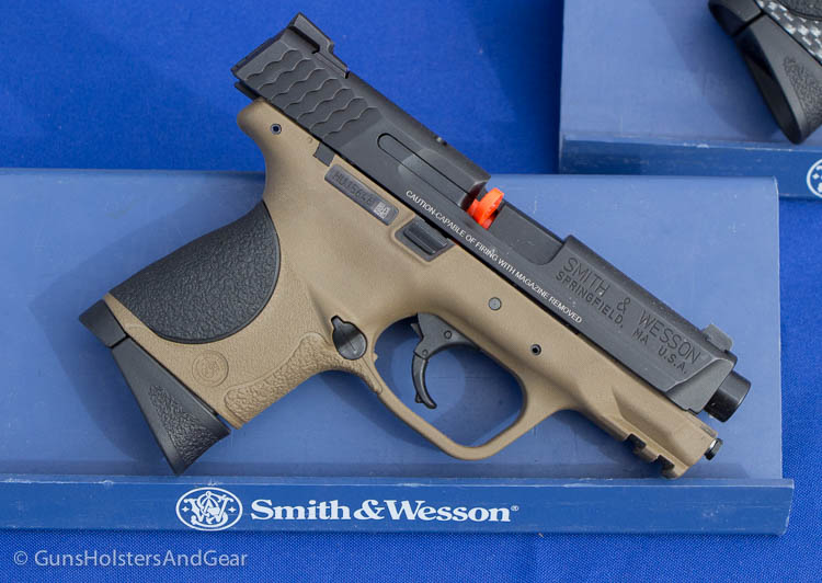 Smith and Wesson FDE
