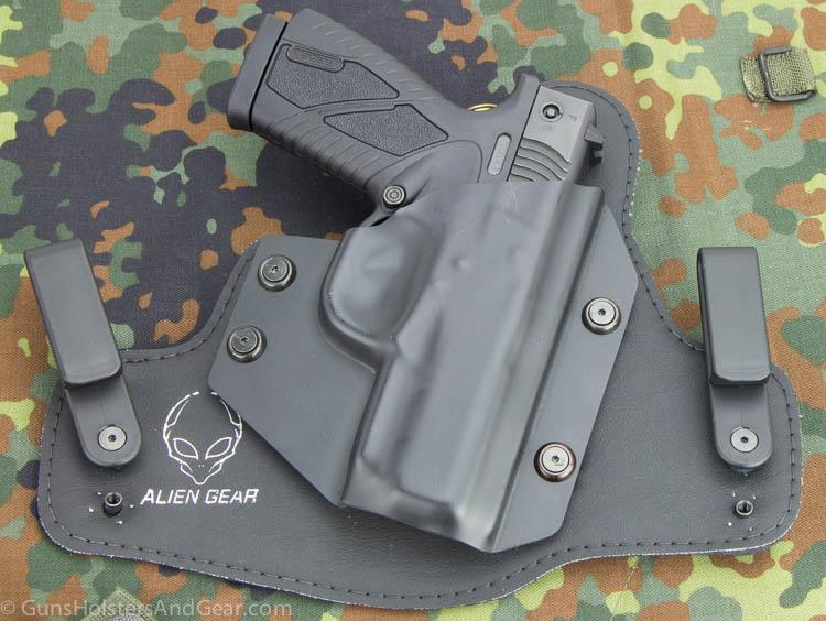 Bersa BP40CC holster