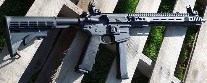 AR grip that stores glock magazine