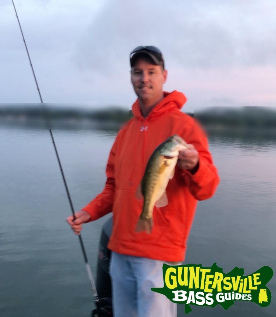 GUNTERSVILLE BASS GUIDES SPRING TIME FISHING