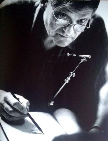 David-Hockney-dibujando-con-una-cámara-clara