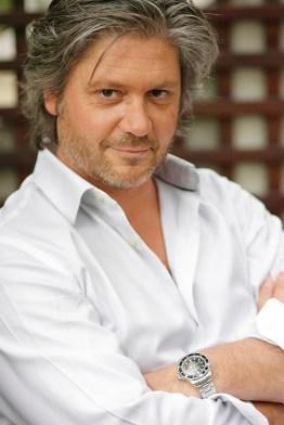 Yemek yazarı ve yemek trendleri uzmanı Sebastien Ripari