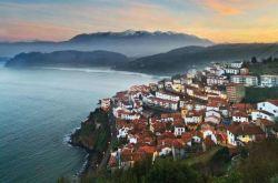 Far n Away Asturias Gezisi