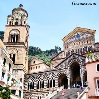Amalfi Kıyıları, St. Andrea kilisesi