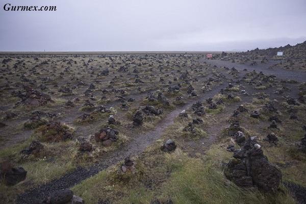 izlanda-lav-tarlasi